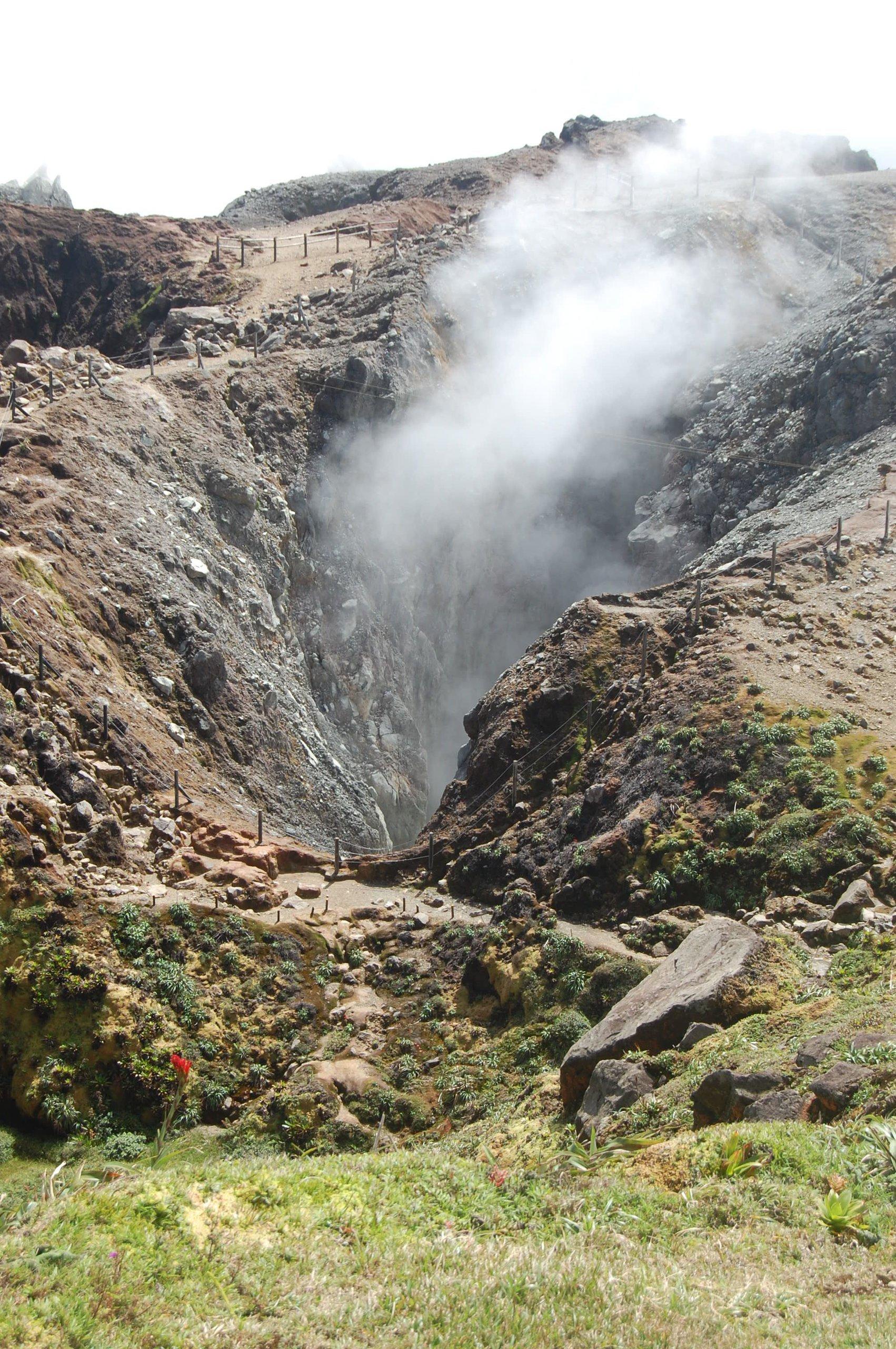 fumerola-La-Soufrière