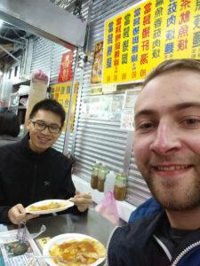 Photo n.2:první taiwanská polévka = první snaha naučit se něco čínsky, jak se řekne: just little bit spicy?!